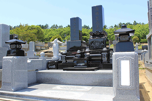墓石解体と新墓石施工の事例