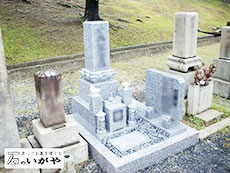 服部霊園の墓石画像3
