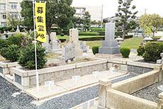 瓜破霊園の墓石画像3